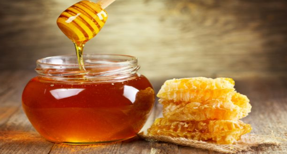 How_To_Sleep_Better_Using_Honey